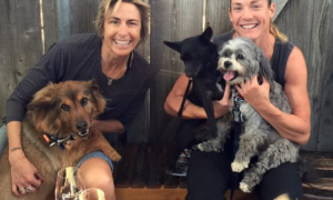Siri Lindley & Bek Keat with dogs