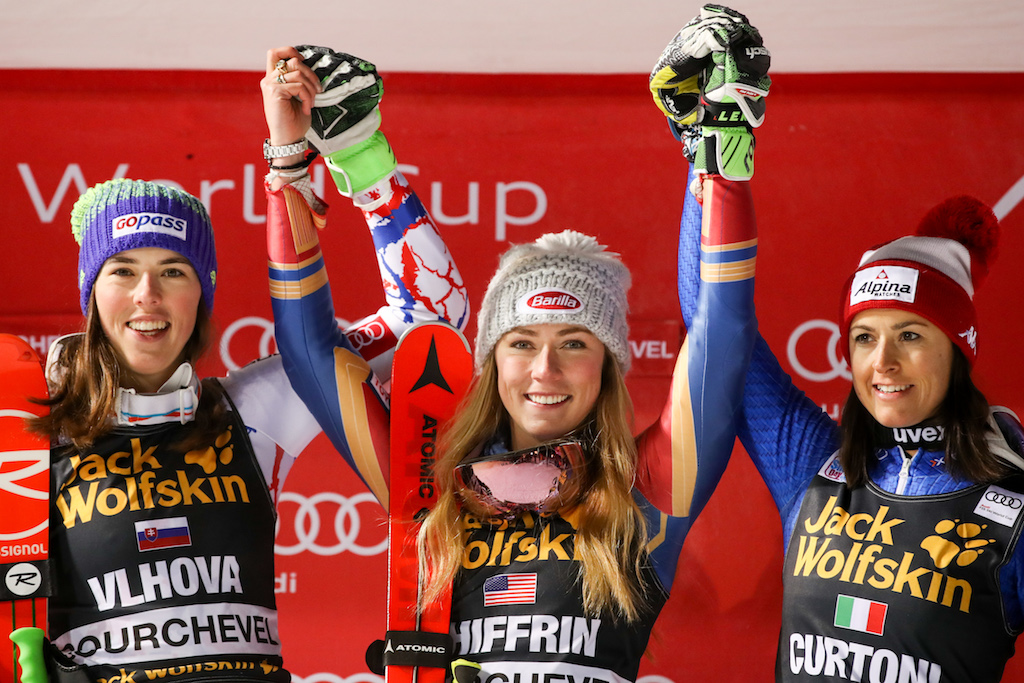 COURCHEVEL,FRANCE,20.DEC.17 - ALPINE SKIING - FIS World Cup, night event, parallel giant slalom, ladies, qualification. Image shows Petra Vlhova (SVK), Mikaela Shiffrin (USA) and Irene Curtoni (ITA). Photo: GEPA pictures/ Andreas Pranter