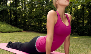 woman-stretching-exercises